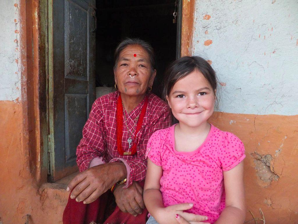 nepal-mit-kind