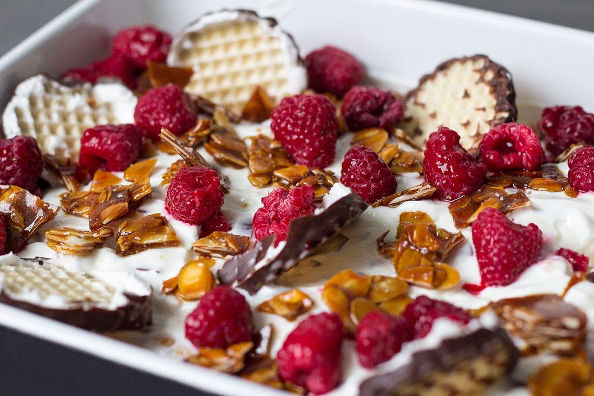 weltrekordzeit! schokokuss-dessert mit selbstgemachtem krokant