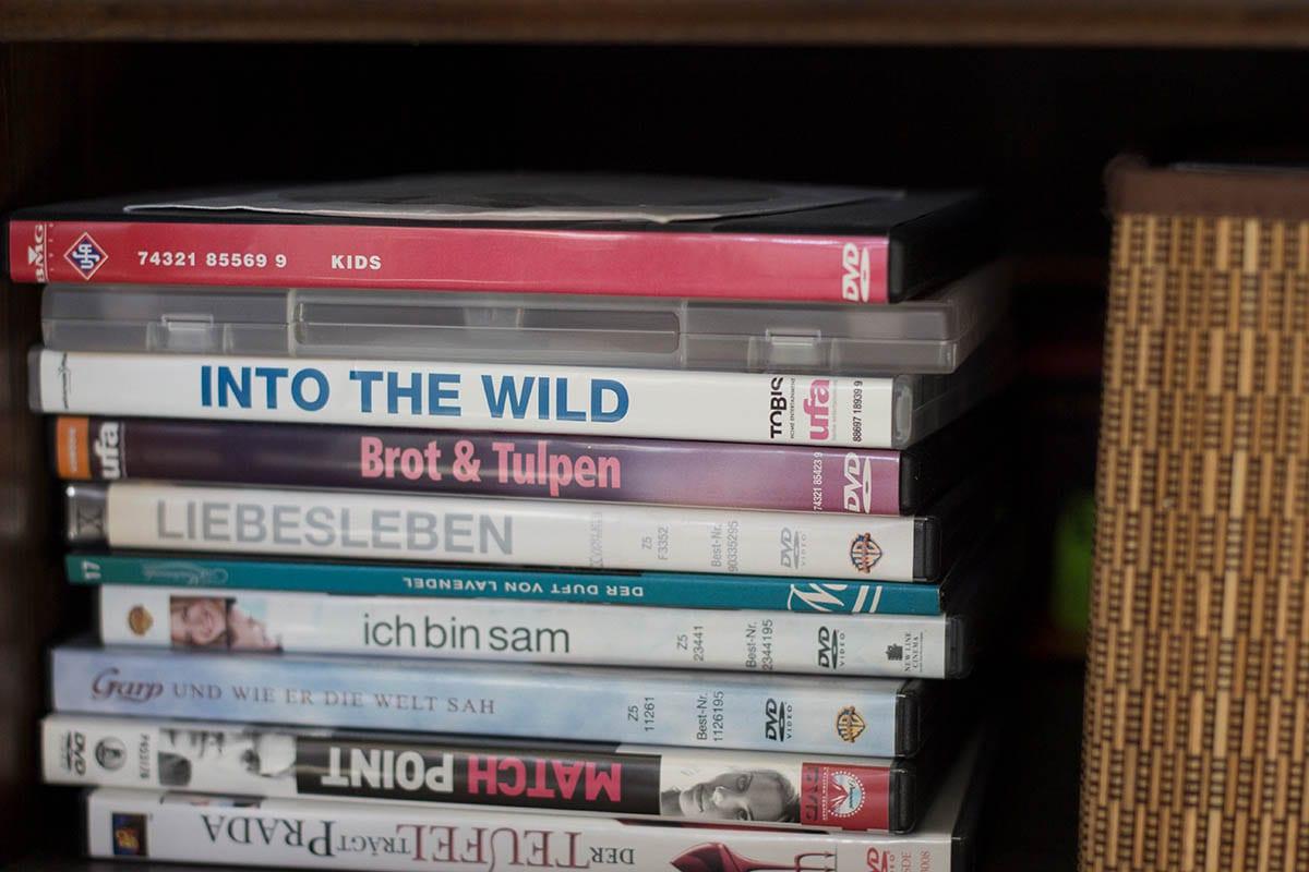Ausmisten Challenge – im Wohnzimmer alle DVDs und CDs aussortieren
