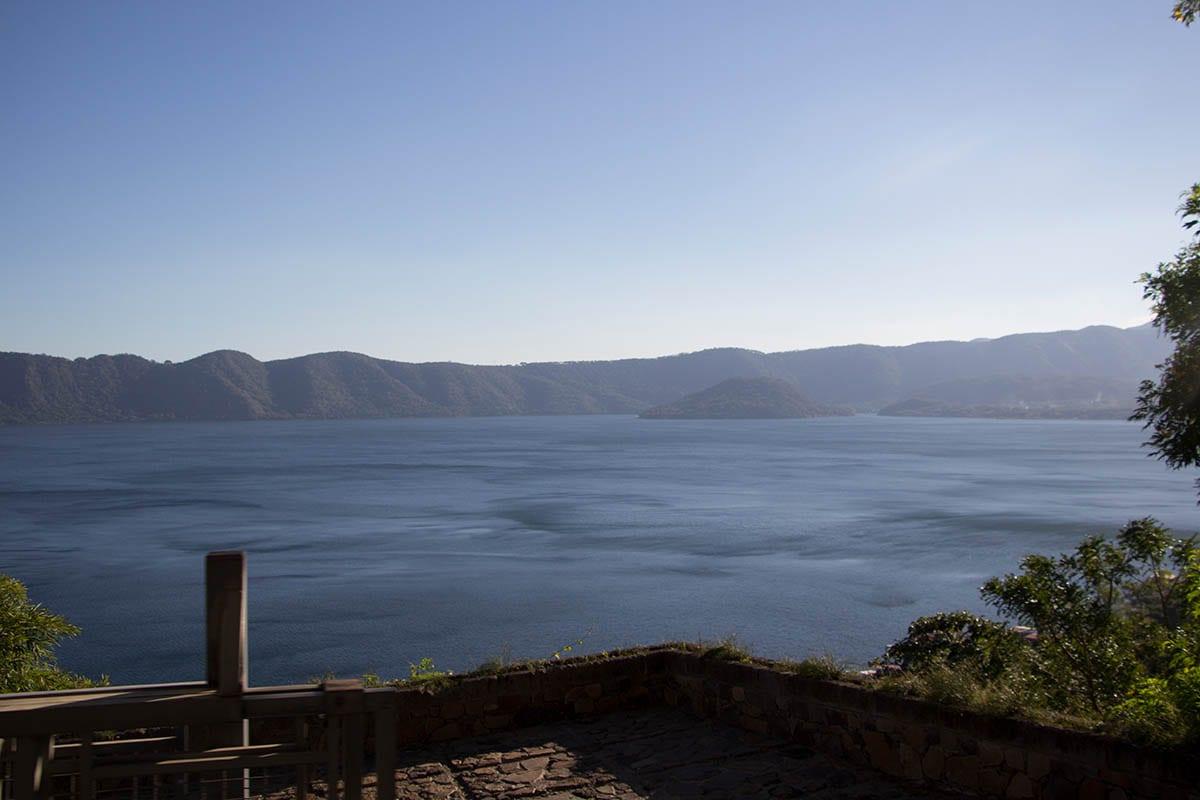 El Salvador Sehenswürdigkeiten & Highlights – Ausblick auf den Lago de Coatepeque