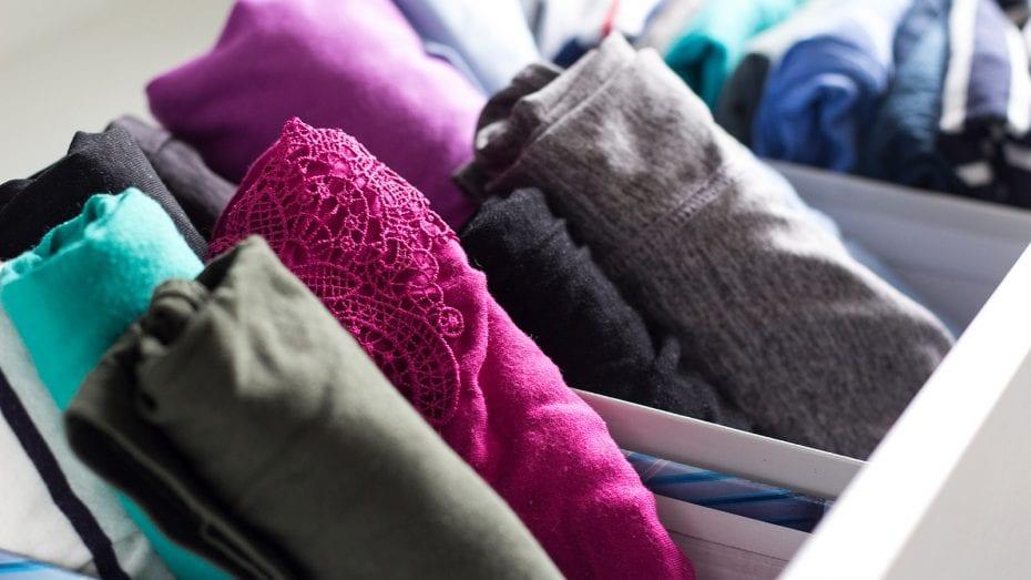 Kleiderschrank ausmisten – ein aufgeräumter Kleiderschrank