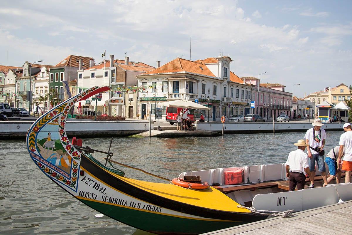 Portugal Aveiro – Gondeln am Kanal in der Stadt