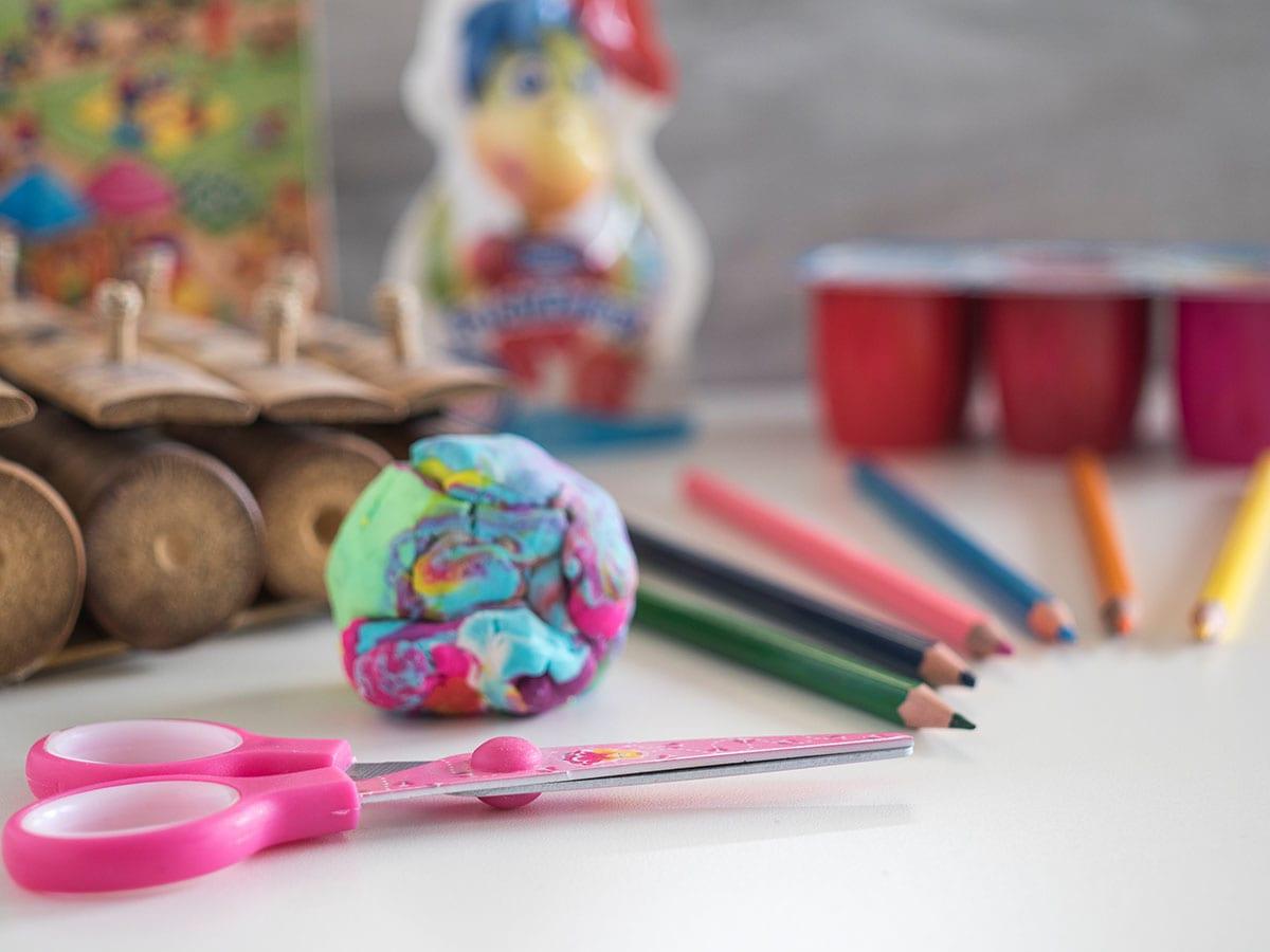 Wenn das Kind von der Kita völlig fertig ist. 7 Tipps, was dagegen hilft und wie man sich trotzdem eine schöne Zeit macht