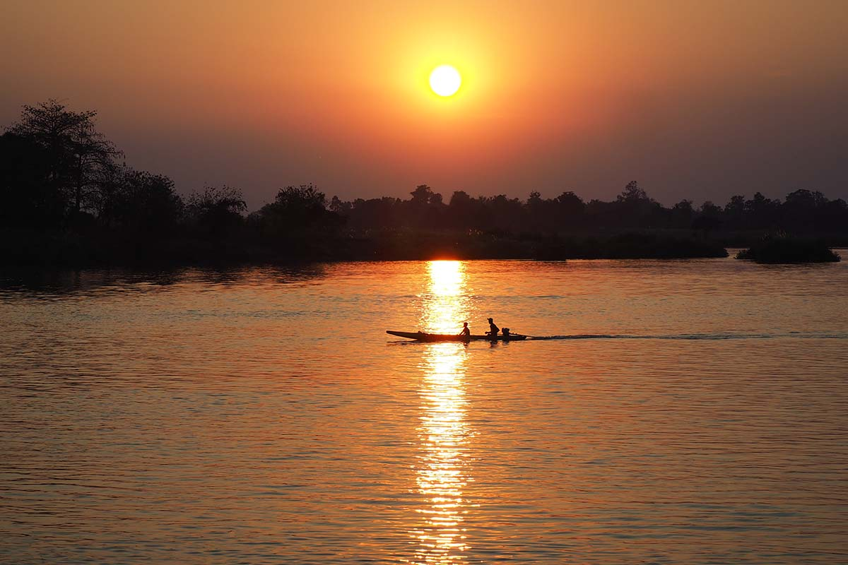 Individuelle Laos Reisen – Sonnenuntergang auf Don Det 4.000 Islands im mekong
