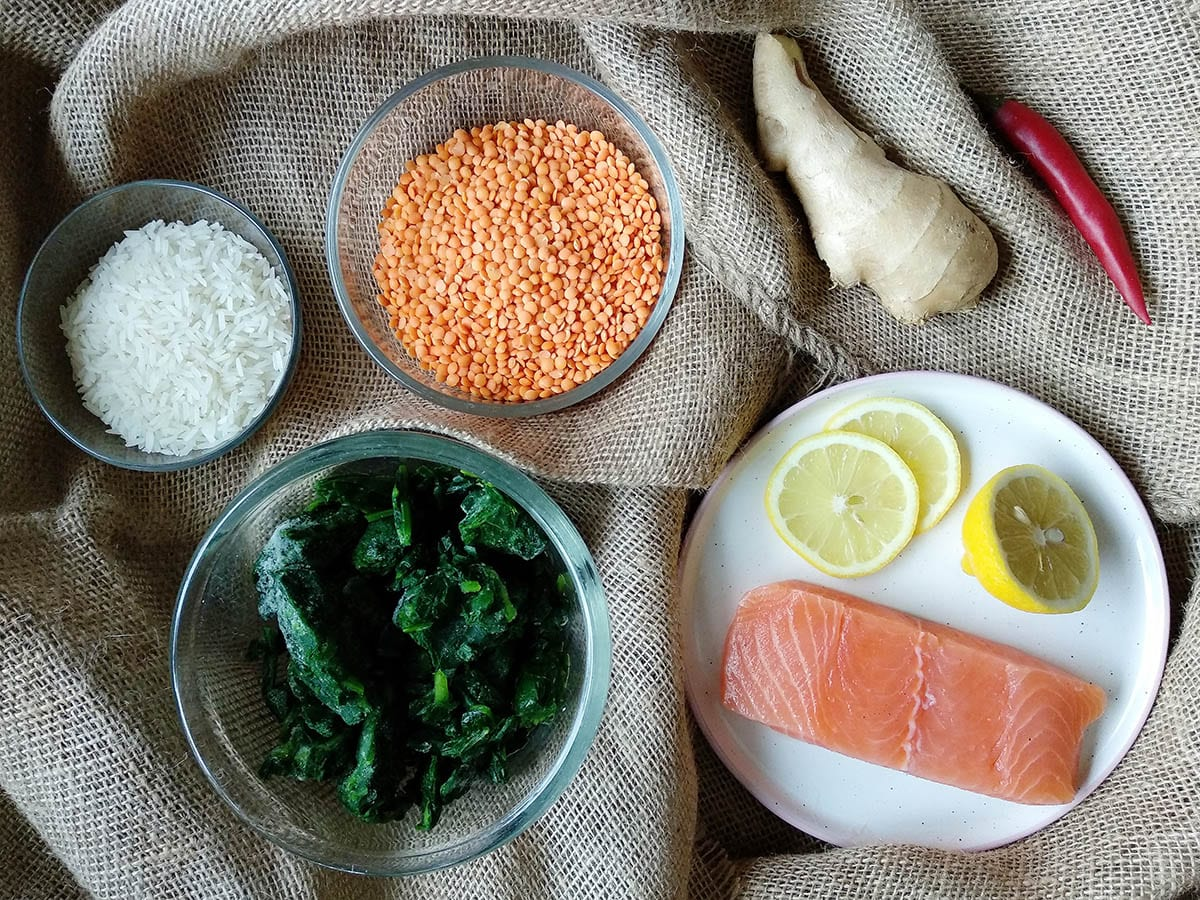 Gebratener Lachs mit Spinat-Linsen – das Rezept ist in weniger als 20 Minuten fertigGebratener Lachs mit Spinat-Linsen – das Rezept ist in weniger als 20 Minuten fertig
