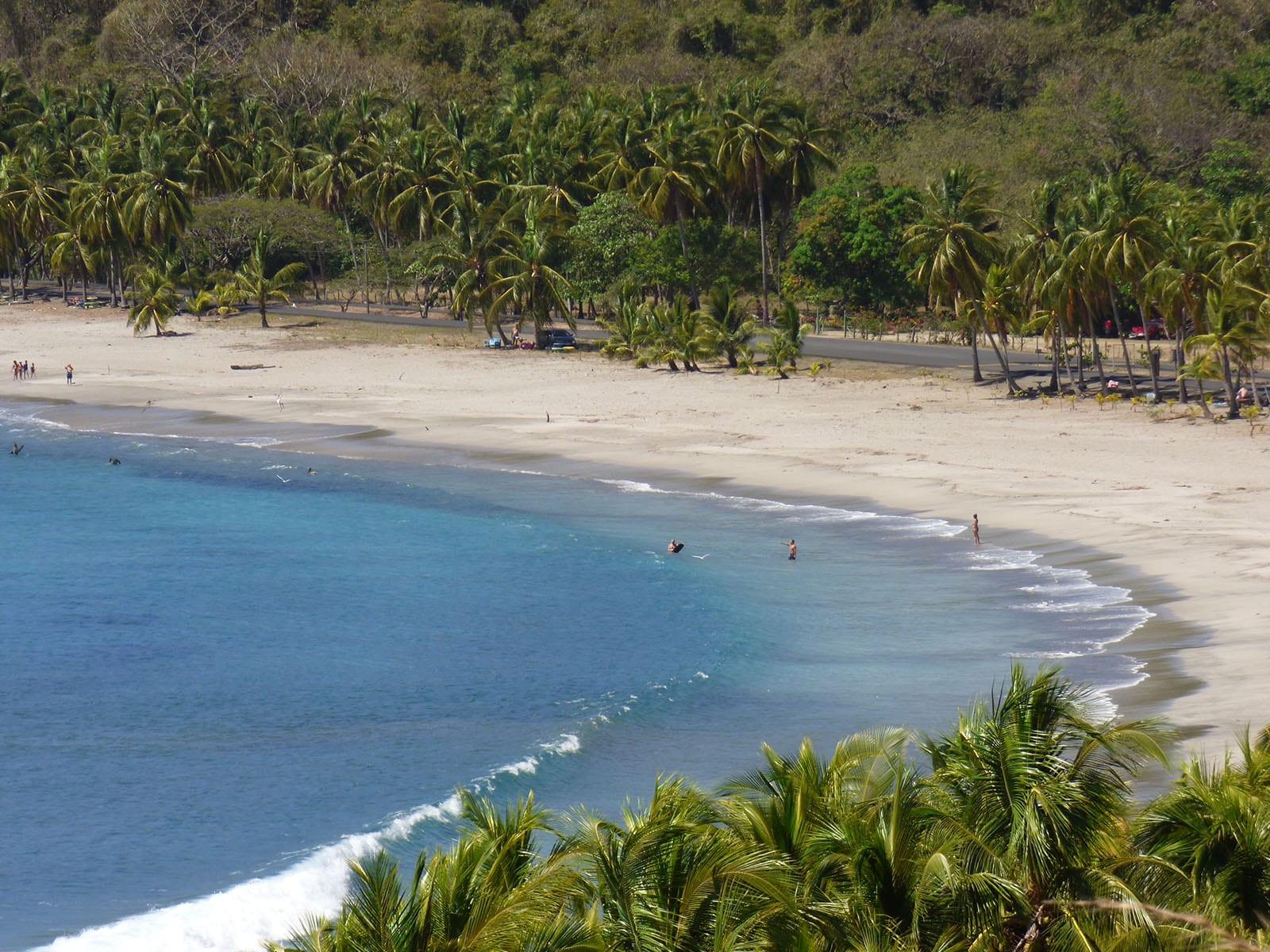 Fernreisen mit Kindern wohin? Beliebte Urlaubsziele für Familien – Costa Rica am Strand