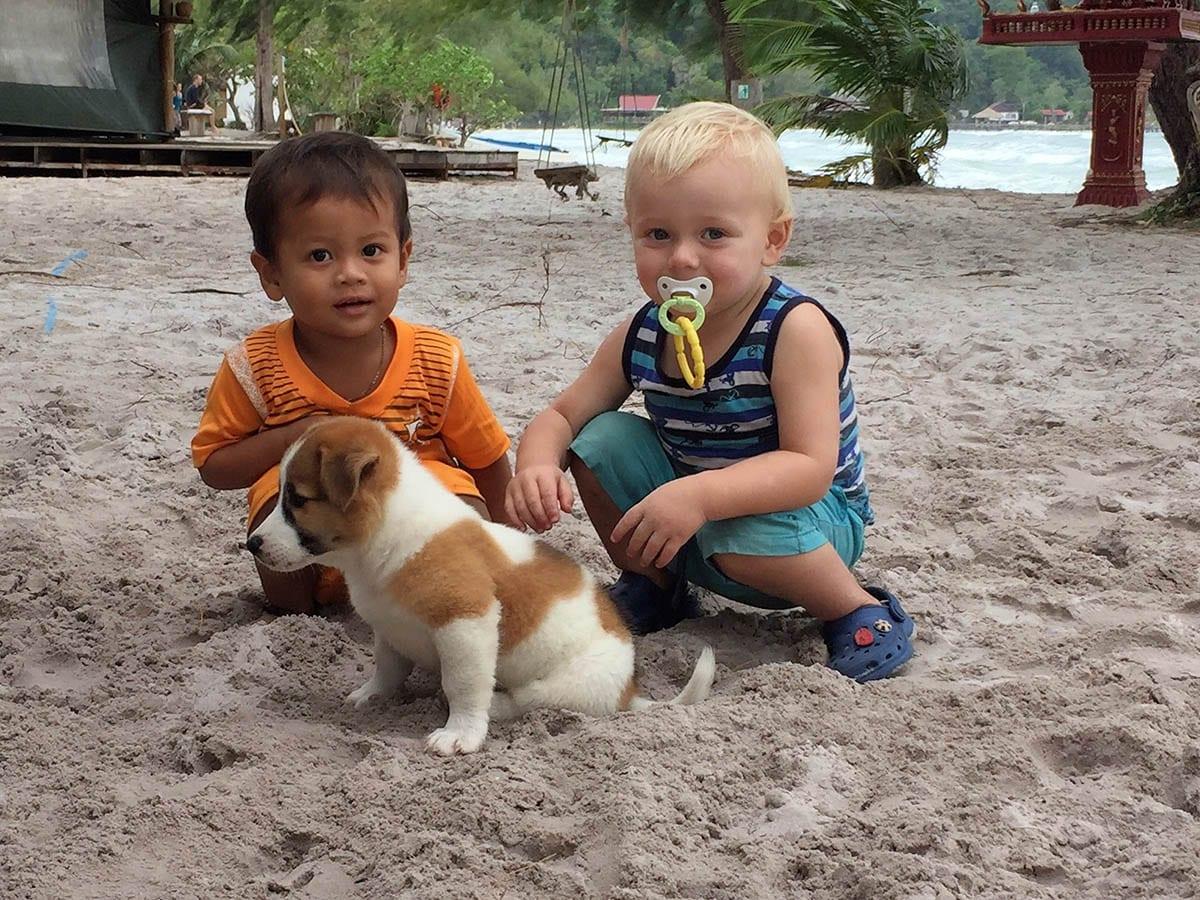 Fernreisen mit Kindern wohin? Beliebte Urlaubsziele für Familien – Kambodscha, Koh Rong Sanloem