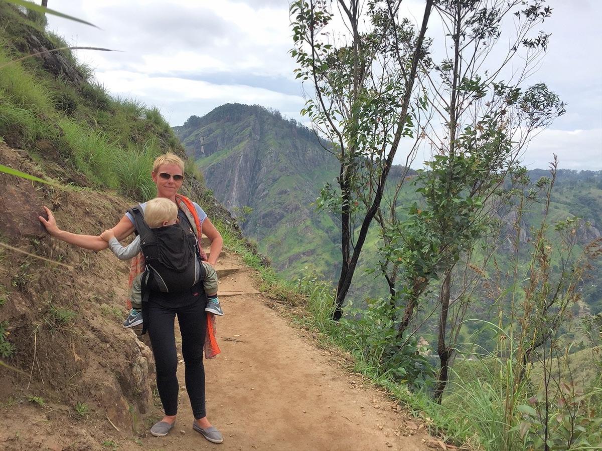 Fernreisen mit Kindern wohin? Beliebte Urlaubsziele für Familien – Sri Lanka, Little Adam´s Peak bei Ella