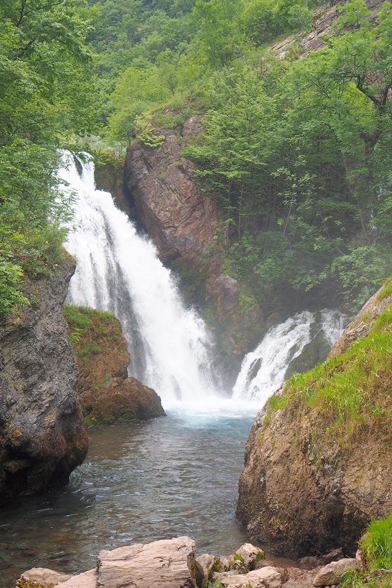 Kosovo Reisen – unterwegs in einem unbekannten Land. Wasserfälle