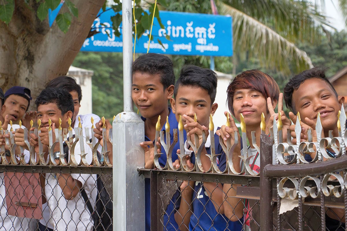 Die schönsten Kambodscha Sehenswürdigkeiten – neugierige Kambodschaner