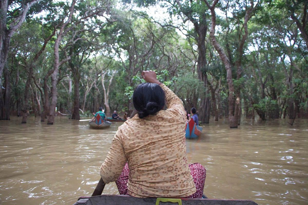 Die schönsten Kambodscha Sehenswürdigkeiten – Bootsfahrt durch die Mangroven auf dem Tonle Sap