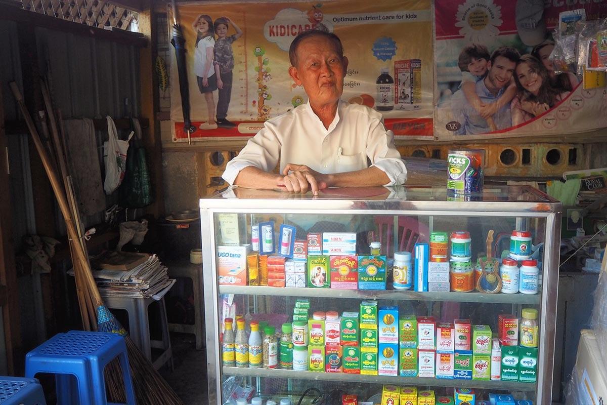 Unsere schönsten Myanmar Sehenswürdigkeiten: die Menschen von Mawlamyine
