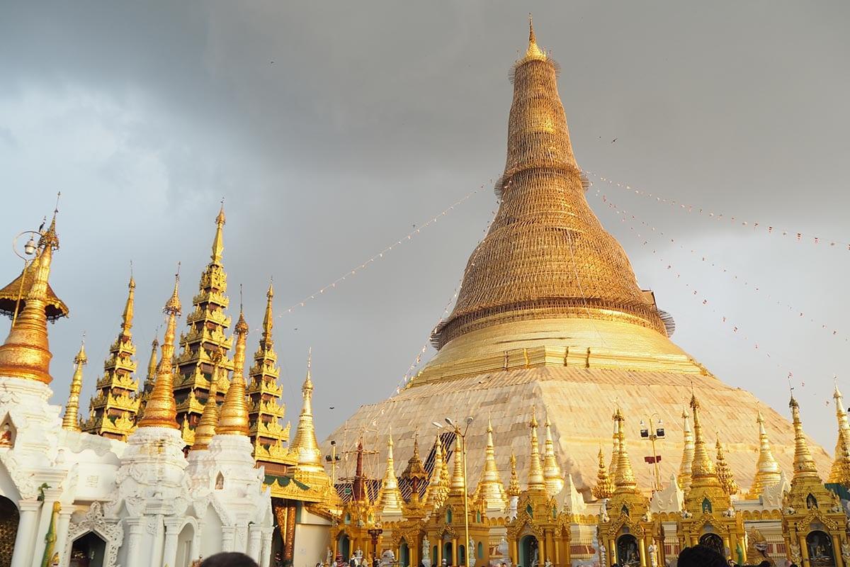Unsere schönsten Myanmar Sehenswürdigkeiten: Shwedagon Paya in Yangon
