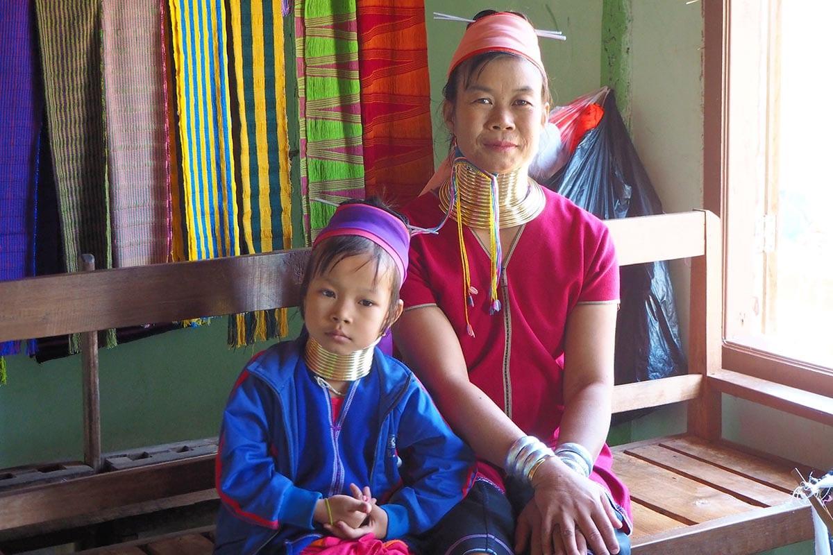 Unsere schönsten Myanmar Sehenswürdigkeiten: zu Besuch bei den Longneck People am Inle-See