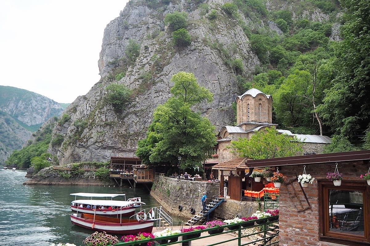 Außergewöhnliche Reisetrends 2020 mit Kindern – Mazedonien Matka Canyon bei Skopje