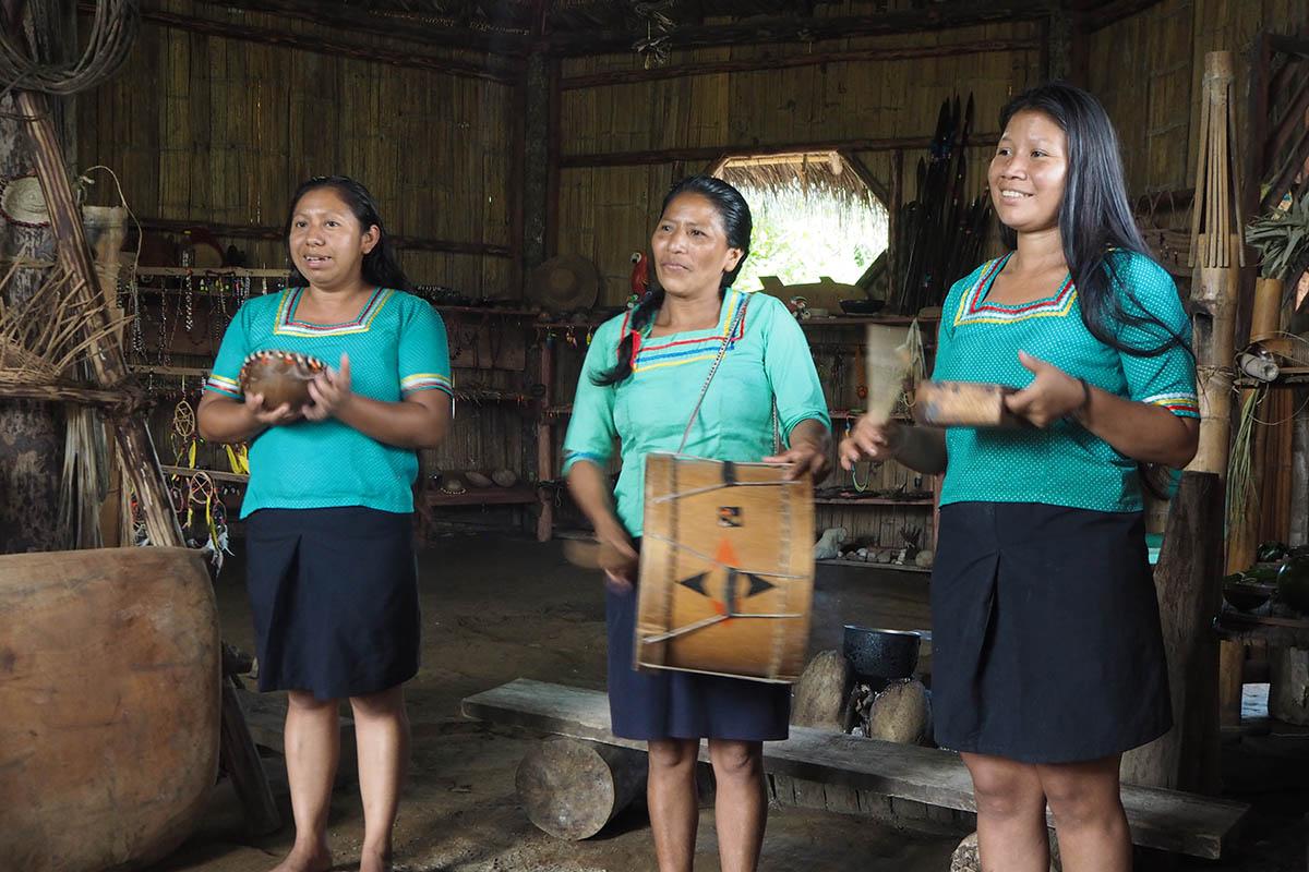 Ecuador Kichwa spielen Musik