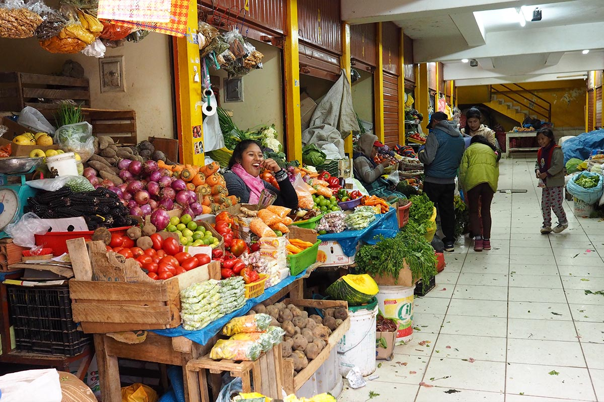 Heiliges Tal der Inka – auf dem Markt in Ollantaytambo