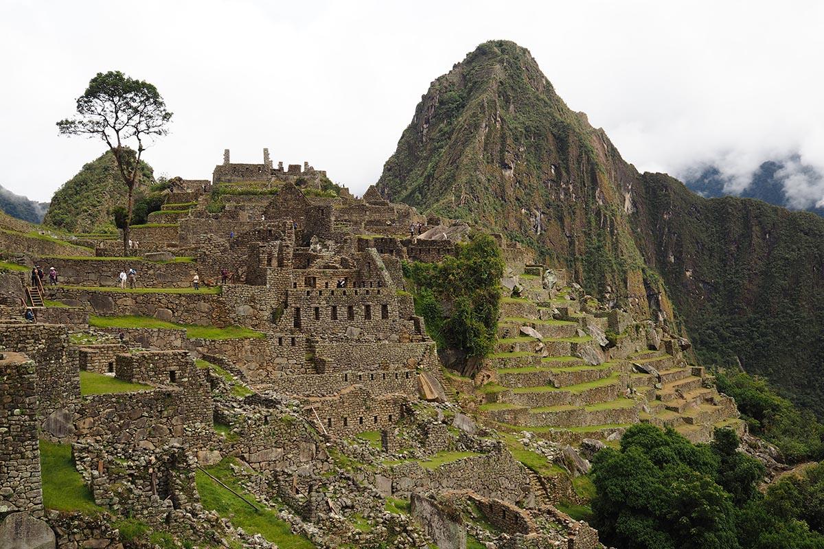 Blick auf die Ruinen von Machu Picchu